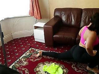 Little Abbie Big Butt Workout in Yoga Pants Leggings Sports Wear